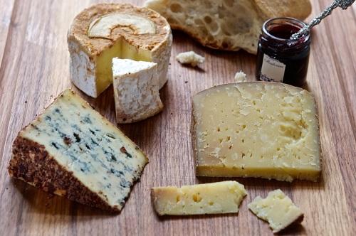 Käse verkosten: So geht's