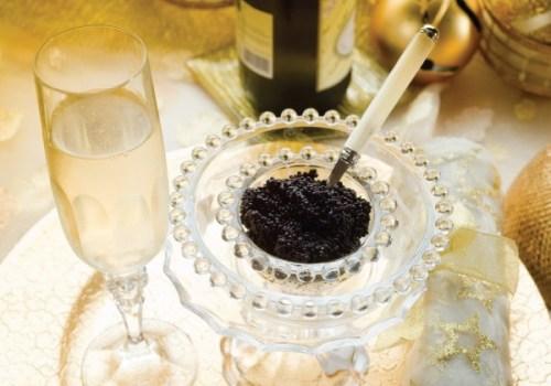 Kaviar und Champagner: Sicherlich die bessere Alternative zum Menü des Dinners for One